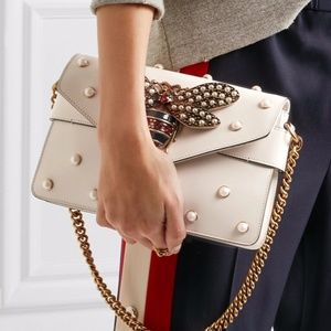 NEW GUCCI BROADWAY PEARLS JEWEL BEE WHITE LEATHER